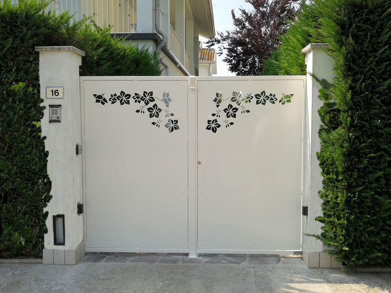 Cancelli In Lamiera Style Moderno Gates Modern Style Sheet